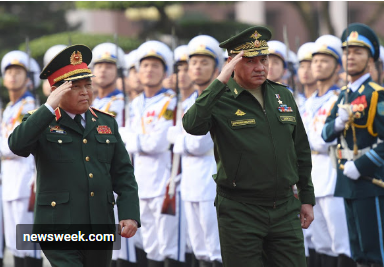 Russian Defense Minister Sergei Shoigu,Vietnamese counterpart General Ngo Xuan Lich