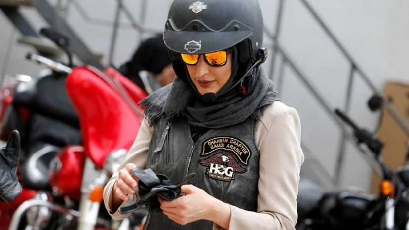 Women are learning to ride motorcycles in Saudia Arabia  (REUTERS )
