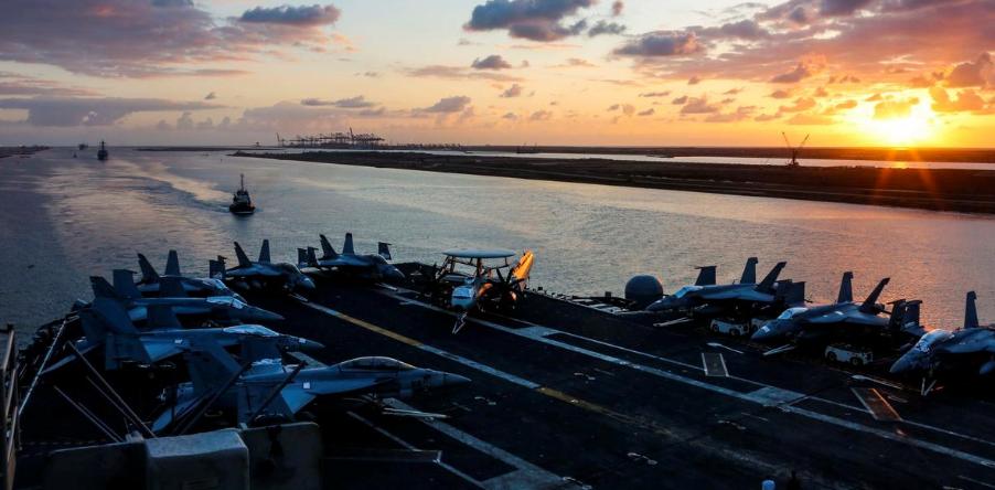 The Nimitz-class aircraft carrier USS Abraham Lincoln