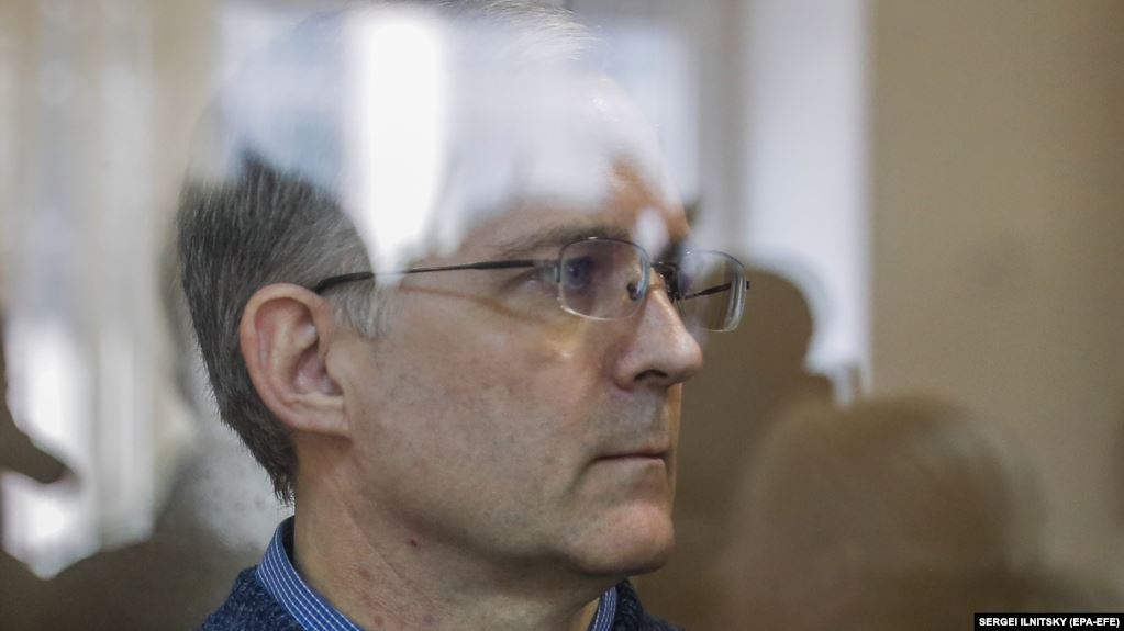 Paul Whelan stands inside a defendants' cage prior to a hearing of his lawyers' appeal against his arrest-term extension at the Moscow City Court in on September 17.