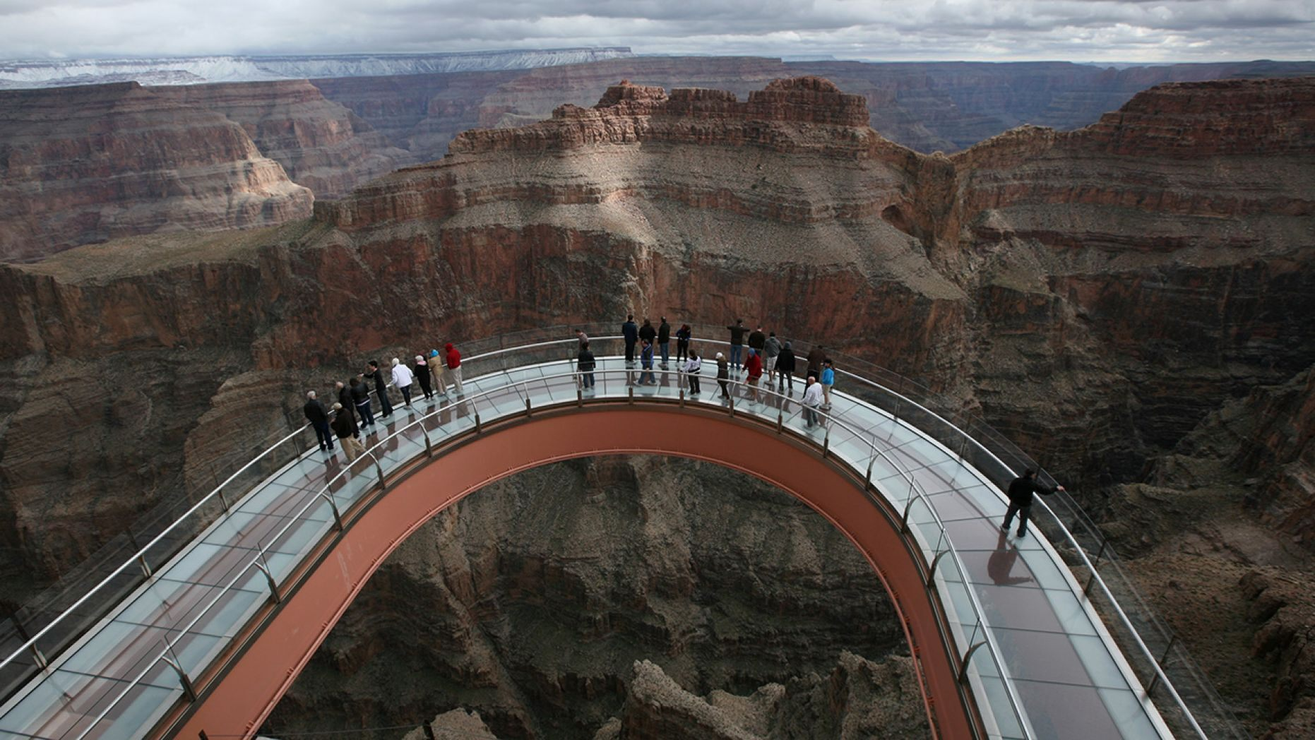 A 28-year-old man jumped from the Grand Canyon Skywalk on Saturday, according to officials.