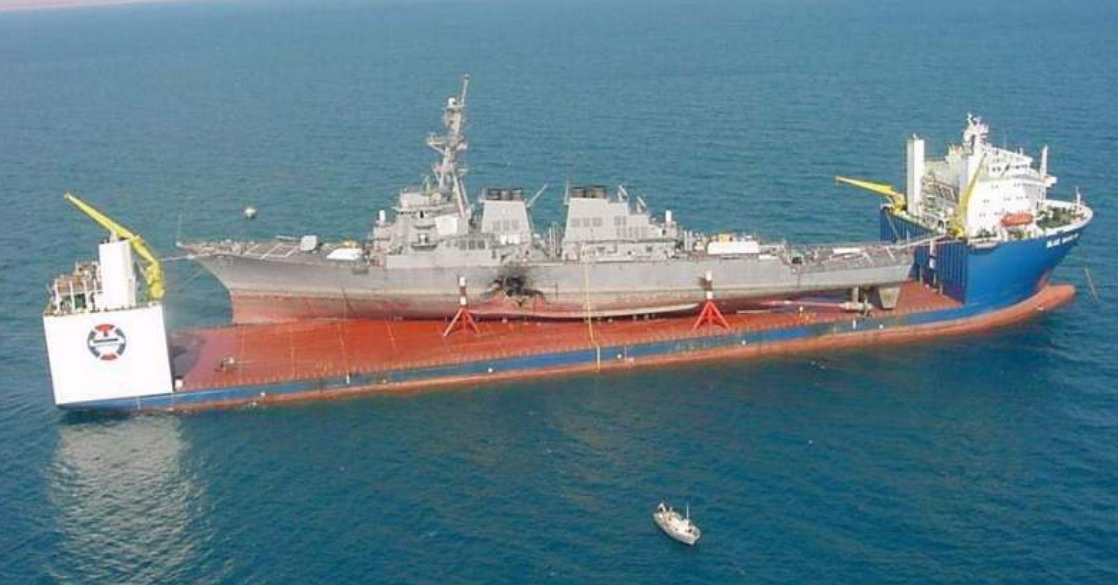 The MV Blue Marlin transporting the USS Cole, October 31, 2000. (U.S. Navy/Released)