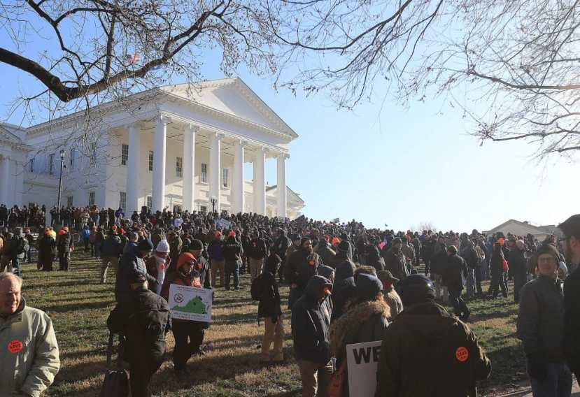 Gun rights protestors gather under the Virginia State Capitol for a rally in support of Second Amendment rights on January 20, 2020,