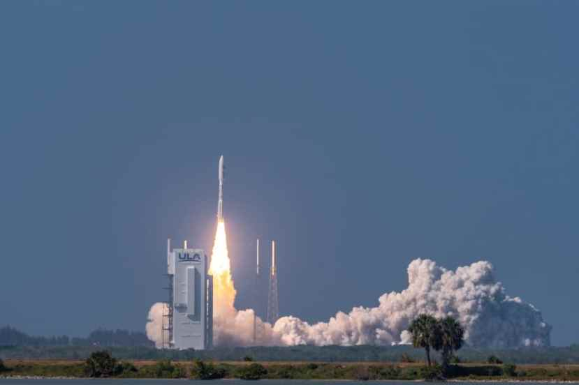 An Atlas V AEHF-6 rocket successfully launches from Space Launch Complex-41 at Cape Canaveral Air Force Station, Fla., March 26, 2020.
