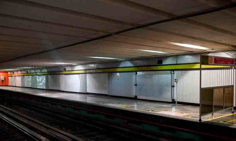 The exclusive area for women at the Juarez subway station is empty during A Day Without Women on Monday.