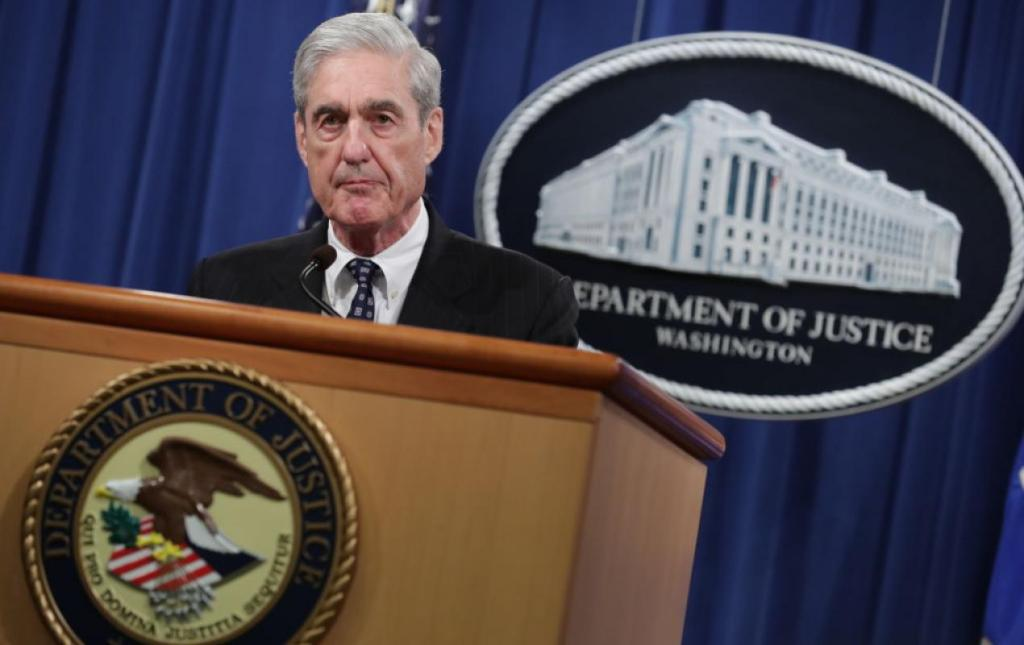 Robert Mueller speaking about the Russia Investigation (Chip Somodevilla / Getty Images)