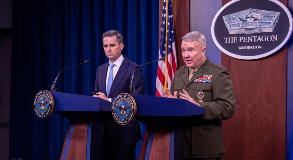 Assistant to the Secretary of Defense for Public Affairs Jonathan Hoffman and Marine Corps Gen. Kenneth F. McKenzie,
