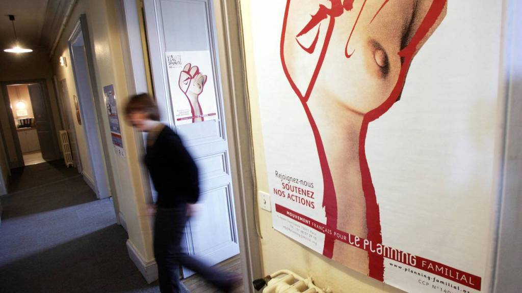 A counsellor for the French family planning movement in Rennes, France. © AFP Archive