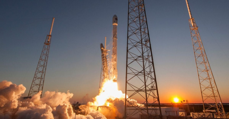 Image formatted to fit. SpaceX / Wikimedia