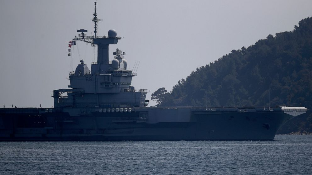 The French aircraft carrier Charles de Gaulle arrives in the bay of Toulon, southern France,