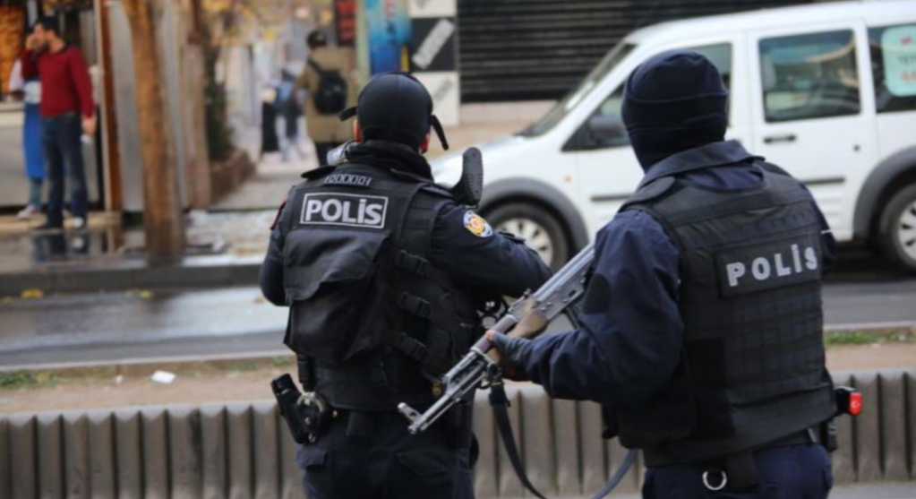 Turkish police forces in Diyarbakır, Turkey.