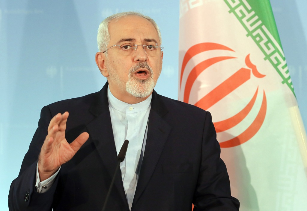 Iranian Foreign Affairs Minister Mohammad Javad Zarif answers journalists' questions during a June 27, 2017 press conference at the ministry of foreign affairs in Berlin, Germany.