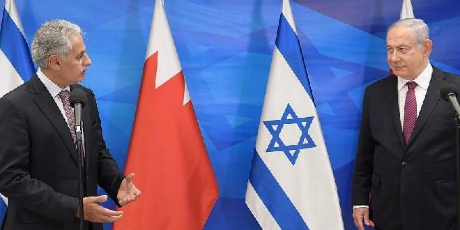 Israeli Prime Minister Benjamin Netanyahu meets with Bahraini Industry, Commerce and Tourism Minister Zayed bin Rashin Al Zayani in Israel on Dec. 2, 2020. Photo: Amos Ben-Gershom/GPO.