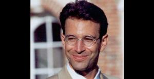 Undated photo shows Daniel Pearl, a Wall Street Journal newspaper reporter kidnapped by Islamic militants in Karachi, Pakistan.
