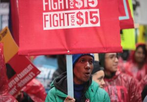 Minimum-wage protesters in Chicago in 2017 / Getty Images