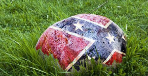 NY Court Threatens to Take Away Child Over Confederate Flag Rock | Liberty News Network.